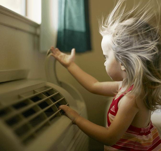 10 trucchi per combattere il caldo risparmiando in bolletta