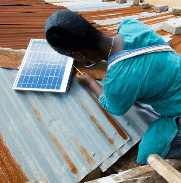 Le donne guidano la rivoluzione energetica in Nigeria