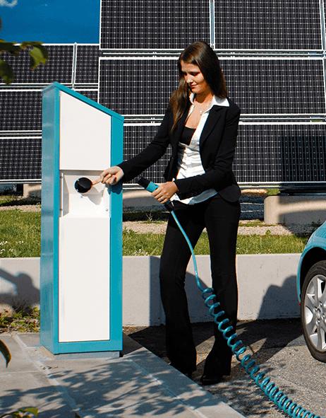 Mobilità Elettrica: immensi benefici per consumatori, ambiente e industria